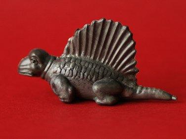 Dimetrodon figurine by Nabisco, Lido, Fritos. Dinosaur. Dinosaurio