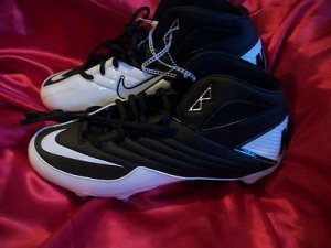 NIKE SUPER SPEED FOOTBALL REMOVABLE CLEATS SHOES WHITE/ BLACK SIZE 9.5 NWB