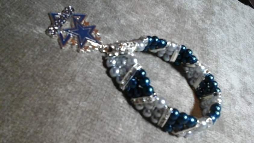 Dallas  Cowboys  Serenity  pearl  bracelet
