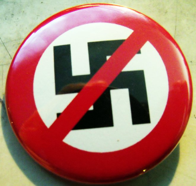 "ANTI-NAZI  pinback button badge 1.25"""