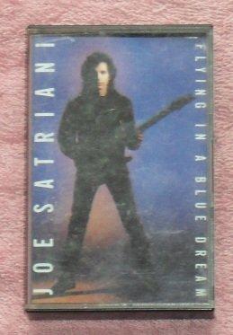 Joe Satriani � Flying in a blue dream audio Cassette