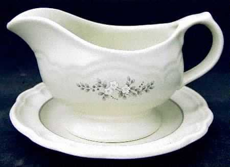 Pfaltzgraff Heirloom Dinnerware Dish(es) - Gravy Boat - No Tray - Discontinued Retired