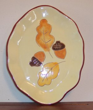Vintage Oval Ruffled Edge Display Plate Acorns Oak Leaves Autumn location3