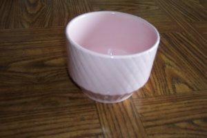 Vintage Pink Shawnee USA Planter ~ Pottery ~ Beautiful ~ Collectible box9