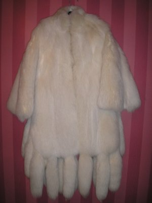 COLLECTION D'ARTISAN WHITE FOX CAPE/COAT-18 FOX TAILS EDGE ENTIRE HEM-PLUS SIZE-LUXURIOUS & WARM!