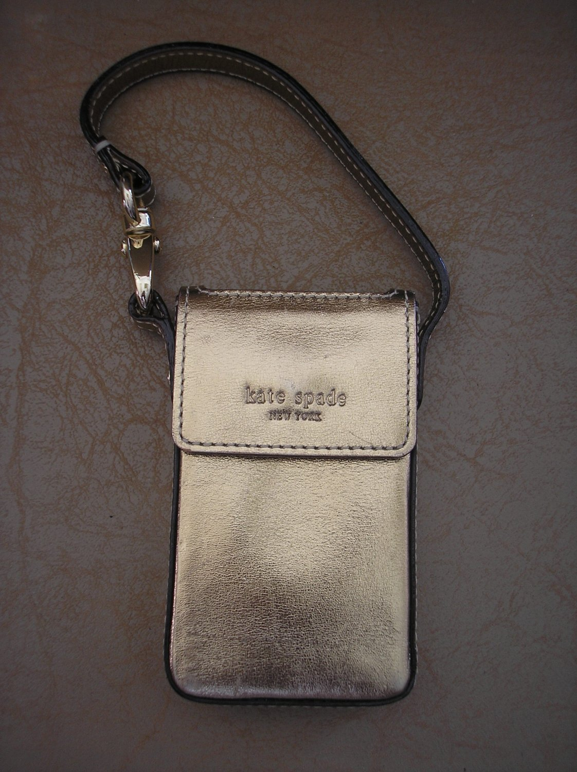 iPOD MINI CASE from DESIGNER, KATE SPADE NEW YORK - AUTHENTIC - GOLD LEATHER - ADORABLE!