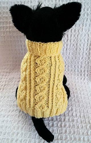 Celtic Triad Dog sweater knitting pattern