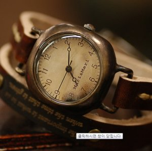 "antique style   ""NUBO SQURE ""  pure handmade watch"