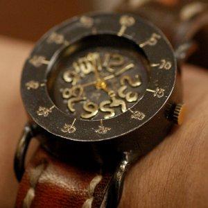 "Japan Kawaii Street Fashion vintage brass wrist watch "" GOTHAM H "" for Christmas"