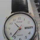 UNIQUE DAY DATE LADIES PULSAR WATCH RED SECOND HAND