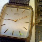 VINTAGE SQUARE 8620 SEIKO QUARTZ WATCH 4U2FIX