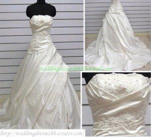 A-line Strapless  White Taffeta  Ruffled Applique Beaded Wedding Dress Bridal Gown S6