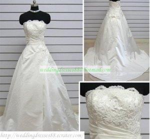 Hot Sale Strapless White Taffeta Ruffled Applique Beaded Chapel Train Wedding Dress Bridal Gown S30