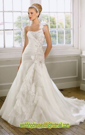 2012 One Shoulder  White Organza Ruffled Applique Beaded A-line Wedding Dress 1608