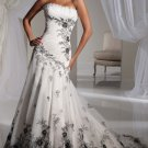 2012 Strapless White Organza Lace Ruffled Applique Beaded A-line wedding dress Y11121