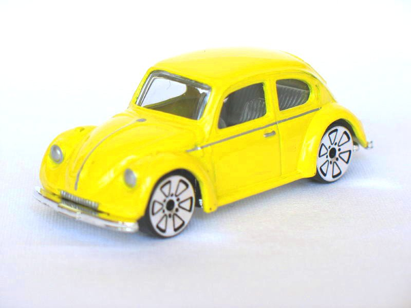 Volkswagen VW Classic Beetle Yellow 1/64 Die Cast Model