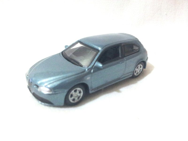 Alfa Romeo 147 GTA   Light Steel Blue 1/72 Die Cast Model Car