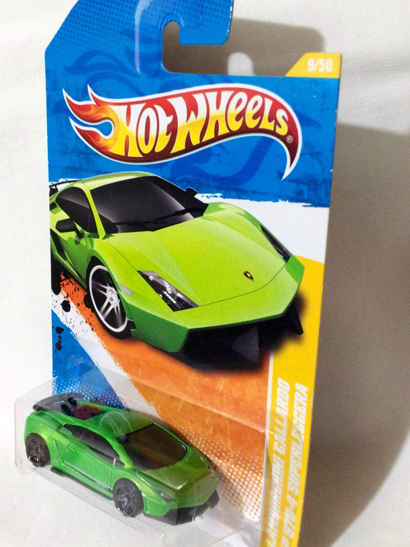 Hotwheels Lamborghini Gallardo LP570-4 Superleggera Green Die Cast Model Car