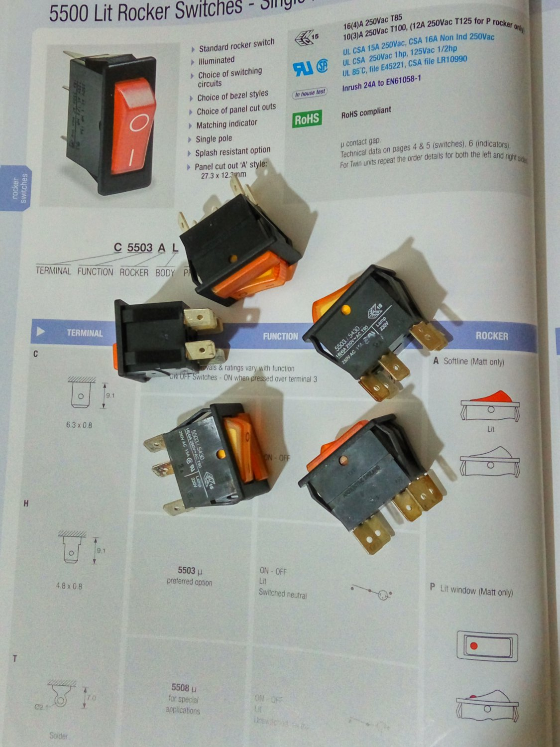 Arcolectric Lit Rocker Switch Single Pole 16A 250Vac A Switch and An Ind. Light Amber (Lot of 5 pcs)