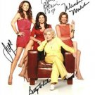 HOT IN CLEVELAND CAST SIGNED PHOTO 8X10 RP Betty White + more all 4 sigs