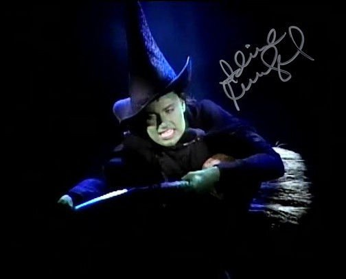 IDINA MENZEL SIGNED PHOTO 8X10 RP AUTOGRAPHED ** WICKED THE MUSICAL **