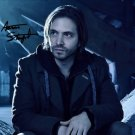 AARON STANFORD SIGNED PHOTO 8X10 RP AUTOGRAPHED * 12 MONKEYS *
