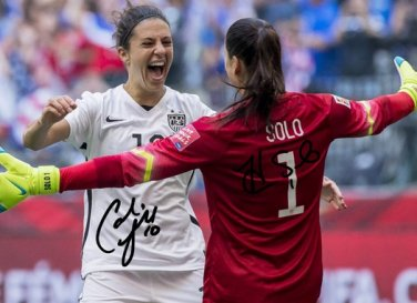 CARLI LLOYD & HOPE SOLO SIGNED PHOTO 8X10 RP AUTOGRAPHED FIFA WORLD CUP WOMENS SOCCER