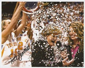 * PAT SUMMITT SIGNED PHOTO 8X10 RP AUTO AUTOGRAPHED TENNESSEE LADY VOLS