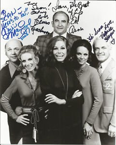 THE MARY TYLER MOORE SHOW CAST SIGNED PHOTO 8X10 RP AUTOGRAPHED ALL MEMBERS