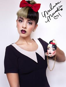 * *MELANIE MARTINEZ SIGNED PHOTO 8X10 RP AUTOGRAPHED THE VOICE ** CRY BABY *