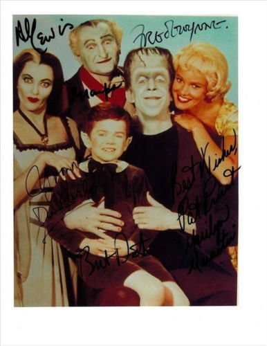 THE MUNSTERS FULL CAST SIGNED PHOTO 8X10 RP AUTOGRAPHED FRED GWYNNE + ALL !