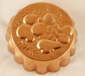 Vintage Decorative Fruit Copper Tin Lined Fluted Cake or Jello Mold Portugal
