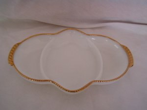 Anchor Hocking Fire King Oven Ware White Gold Divided Plate Dish Ovenware