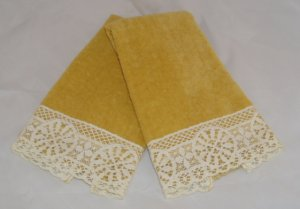 Vintage Hand Towel Towels Gold with Off White Lace Edge 1970's Set of 2