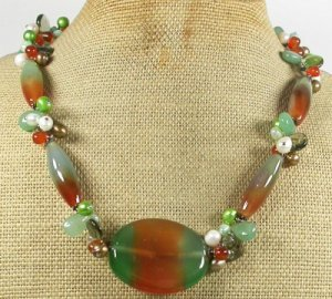 BRAZILIAN AGATE GREEN JADE CRYSTAL PEARLS NECKLACE