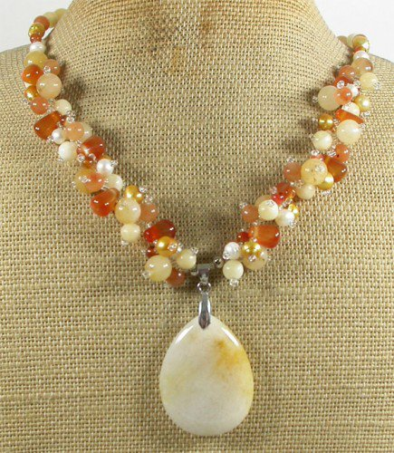 YELLOW HONEY JADE & RED AGATE & FW PEARL NECKLACE