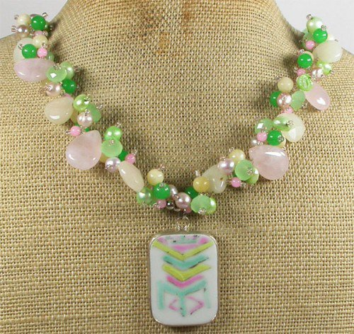 MING DYNASTY POTTERY SHARD JADE QUARTZ PEARL NECKLACE