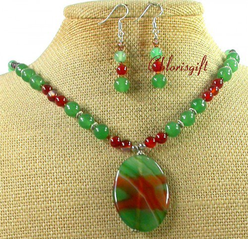BRAZILIAN AGATE GREEN JADE NECKLACE/EARRINGS SET