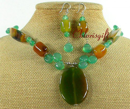 OLIVE GREEN YELLOW AGATE NECKLACE/EARRINGS SET