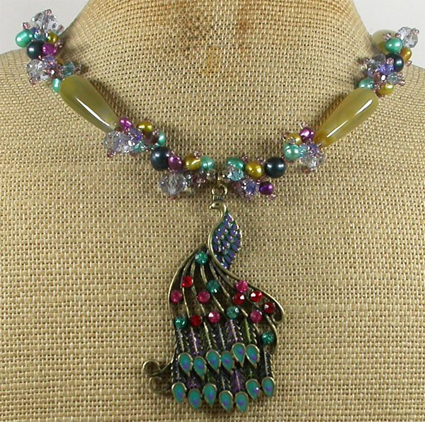 PEACOCK PENDANT AGATE CRYSTAL PEARLS NECKLACE