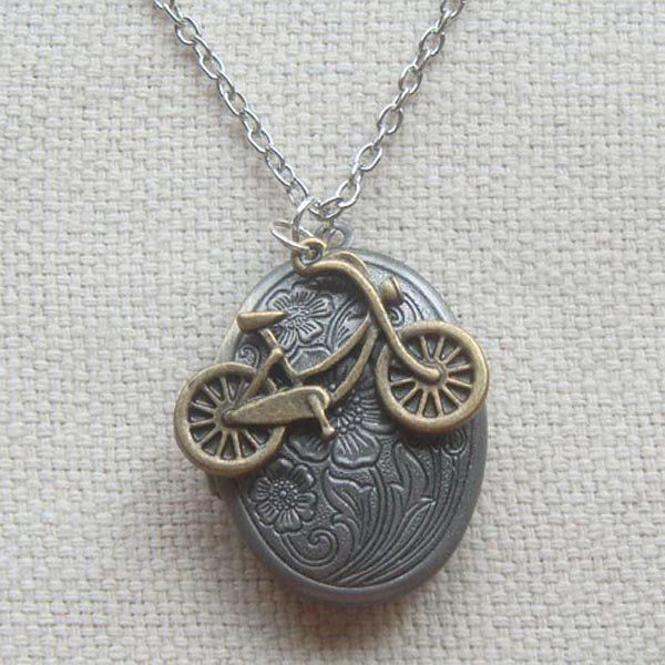 Handmade   FLORAL LOCKET & BIKE CHARM NECKLACE