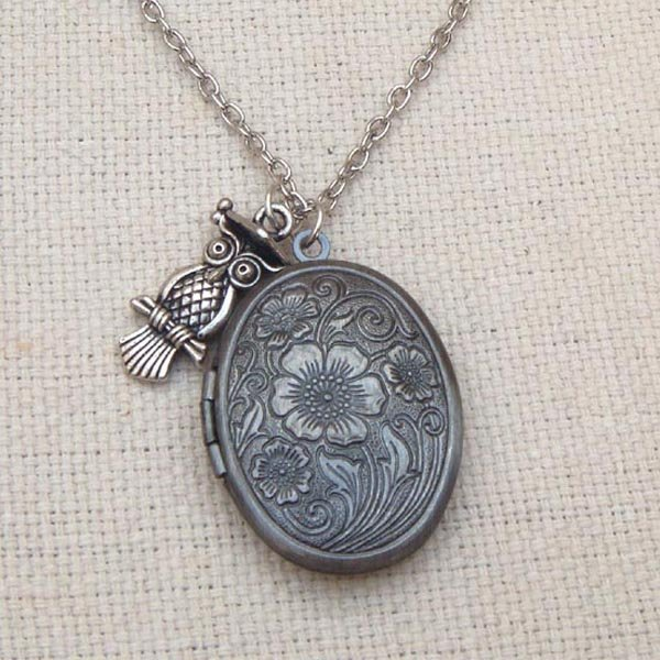 Handmade  OVAL FLORAL LOCKET & SILVER OWL CHARM NECKLACE