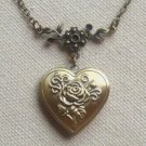 Handmade    FLOWER HEART LOCKET NECKLACE
