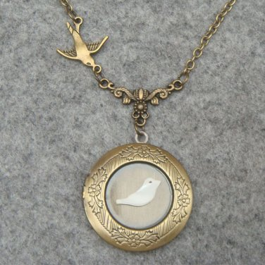 Handmade LOCKET & SHELL BIRD & SWALLOW BIRD NECKLACE