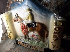 antique vintage 1971 Kentucky Derby Jim Beam Whiskey Collectors Bottle bottle
