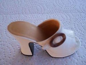 Just The Right Shoe Struttin' Miniature by Raine #25047