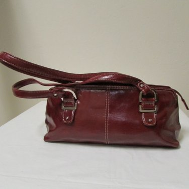 Relic Brand Cranberry Red Faux Leather Shoulder Bag Size Small