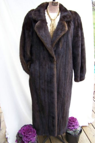 Vintage Womens Full Length Mink in a Rich Chocolate Brown Color - Warm and Chic-