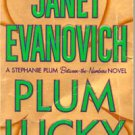 Plum Lucky by Janet Evanovich (paperback)