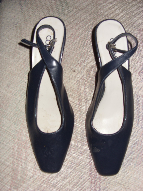 Black Dress Heels by Connie, Size 7 M